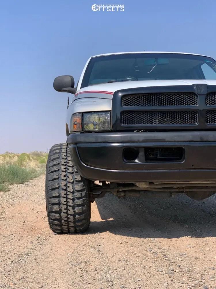1998 Dodge Ram 1500 Grill : dodge, grill, Dodge, Wheel, Offset, Hella, Stance, Stock, 1168862, Custom, Offsets