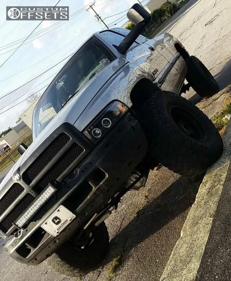 1998 Dodge Ram 1500 Lift Kit : dodge, Dodge, Wheel, Offset, Aggressive, Outside, Fender, Suspension, 16429, Custom, Offsets