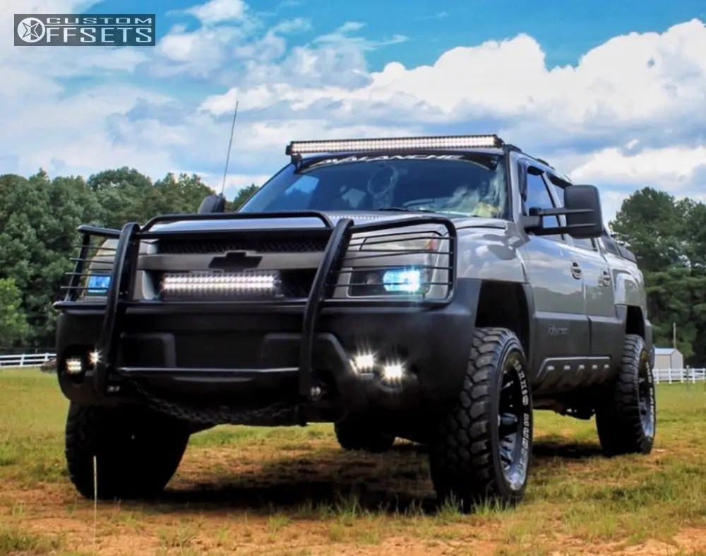 hight resolution of 1 2004 avalanche 1500 chevrolet suspension lift 35 american racing atlas black aggressive 1 outside fender