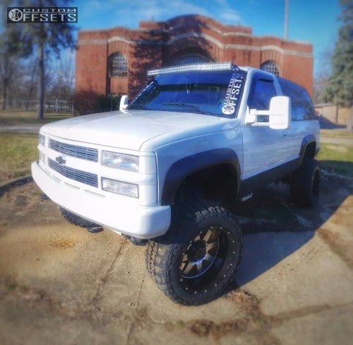 small resolution of 1 1997 tahoe chevrolet suspension lift 6 gear alloy big block machined accents super aggressive 3