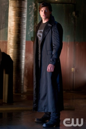 Tom Welling as Clark Kent on Smallville -- Image courtesy of CWTV.com
