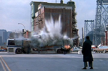 04-Bus-explodes_1_.jpg