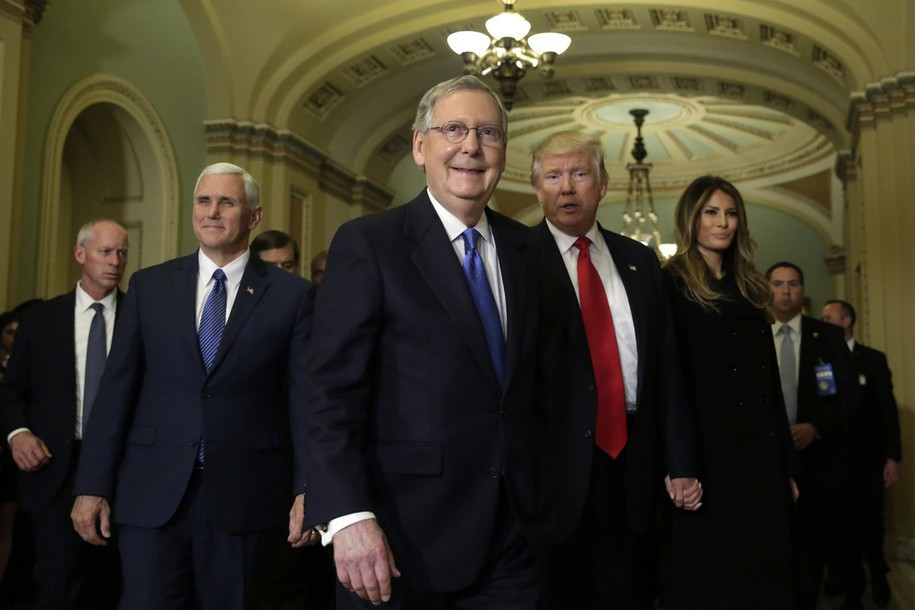 Mitch_McConnell_Meets_Trump_Pence_Capitol_dqlVdzmyJNpx.jpg