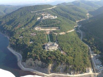 aerial-pictures-allegedly-showing-putins-black-sea_1_.jpg