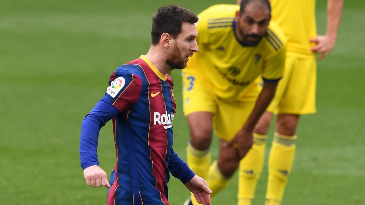 Messi lập kỷ lục trong ngày buồn của Barcelona | Goal.com
