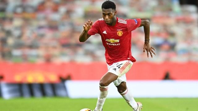 Solskjaer confirms Fosu-Mensah set for Man Utd exit   Goal.com