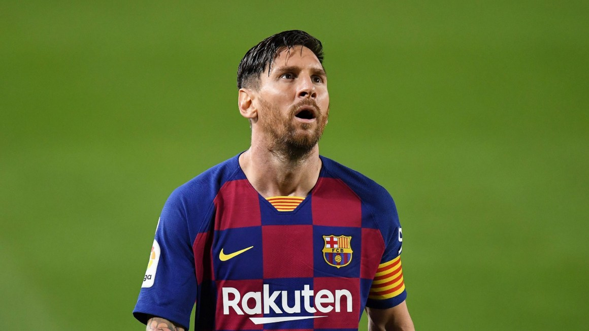 Messi needed a professional to negotiate Barcelona exit, not his dad –  Crespo | Goal.com