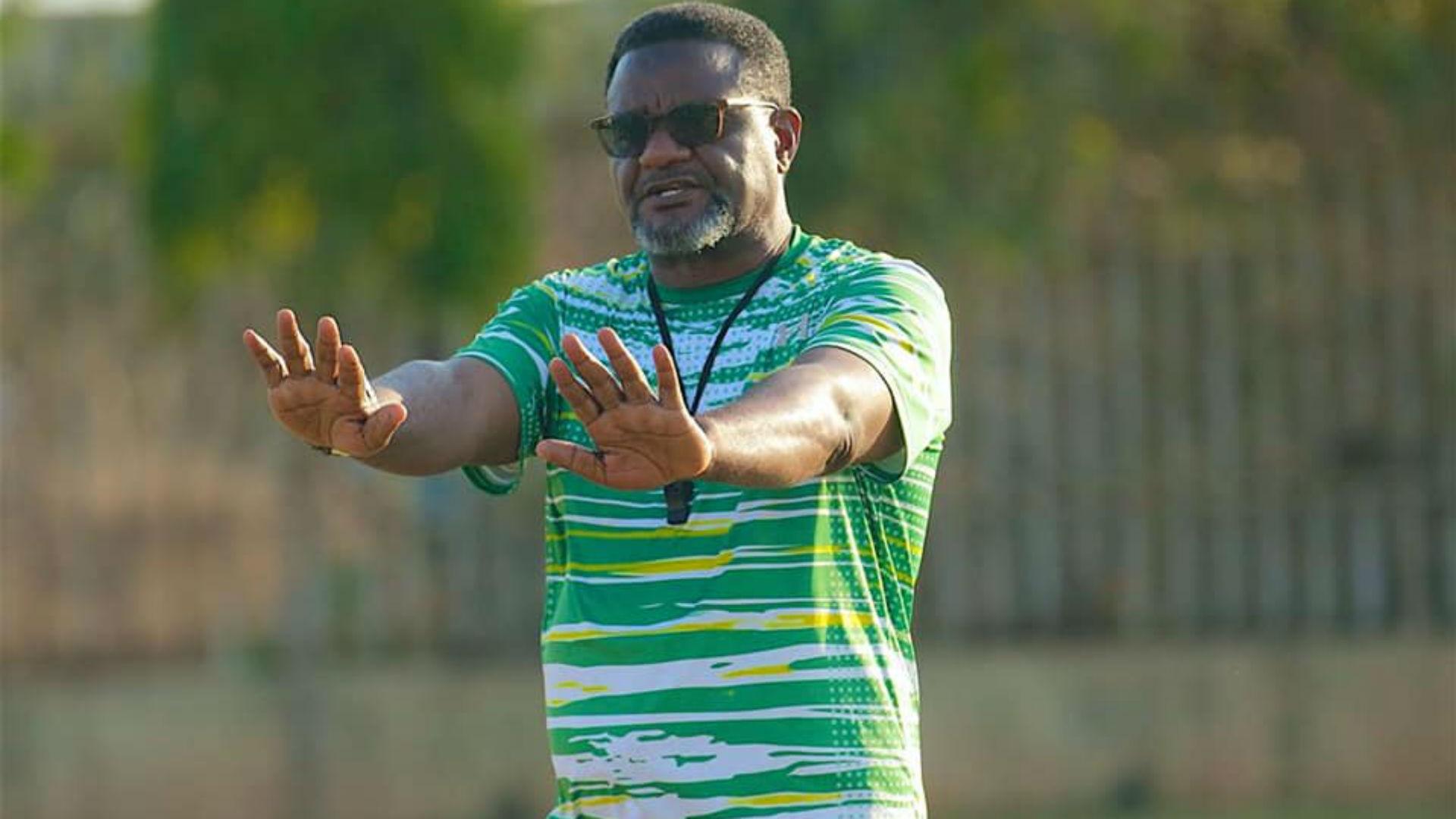 Juma Mwambusi: Tanzanian coach to leave Yanga SC for health reasons