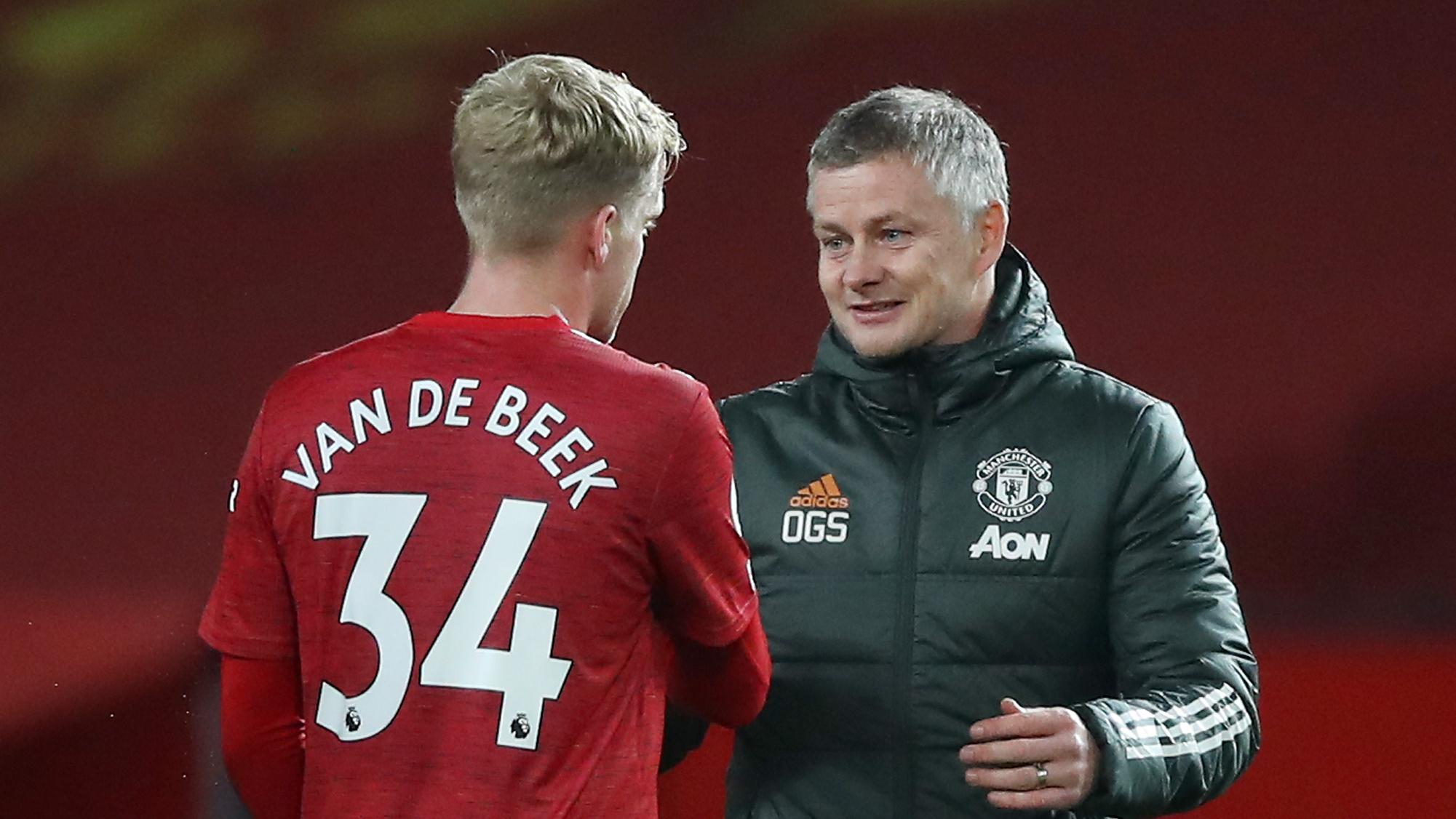 Cavani and Van de Beek adapting to Man Utd style – Solskjaer