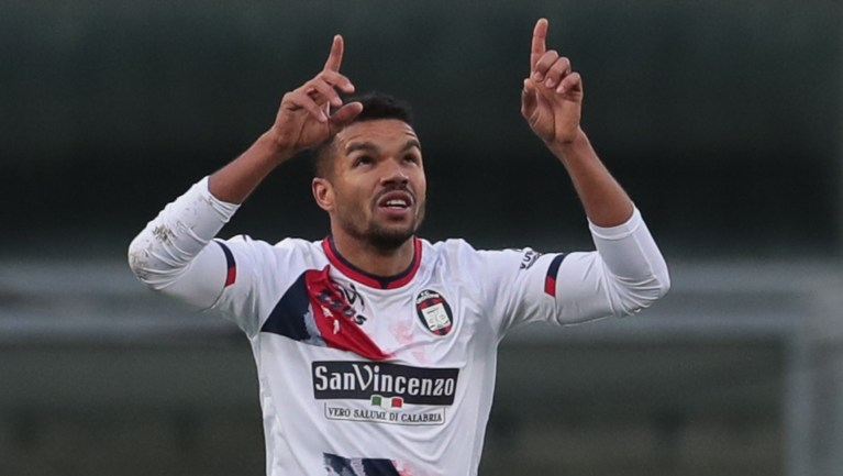 Amatör ligden İtalya'nın zirvesine: Junior Messias ligde kalacak   Goal.com
