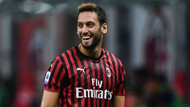 Gullit, Seedorf... Calhanoglu? Ibrahimovic says Turkey star 'playing like  real AC Milan No.10' | Goal.com