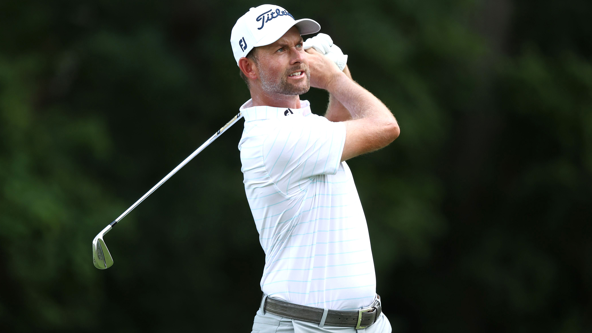 Photo of Webb Simpson in share of lead at Rocket Mortgage Classic