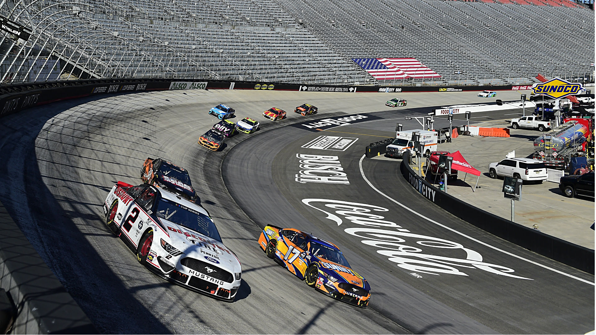 Photo of Who won the NASCAR race yesterday? Complete results for Sunday's Supermarket Heroes 500 in Bristol