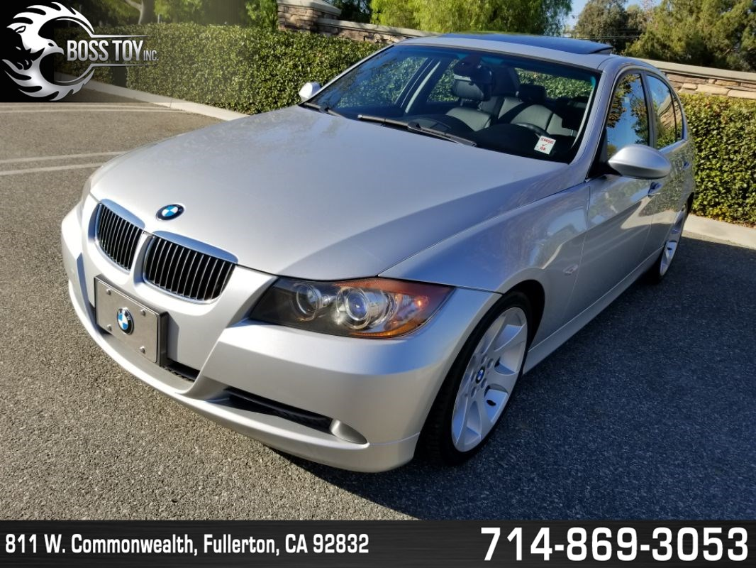 home 2006 bmw 3 series 330i overview photos pricing features specs safety featured [ 1066 x 800 Pixel ]