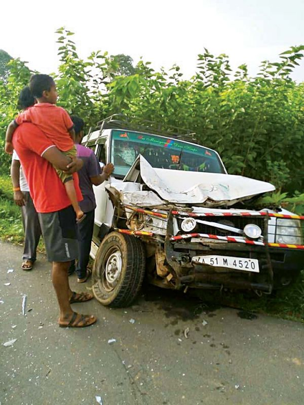 An SUV after a head-on collission in Kallahalli village near Anekal on Monday morning.