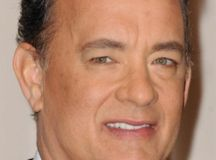 Tom Hanks gifts White House press corps new espresso ...