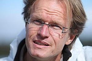 Meeresbiologe und Delfinforscher Karsten Brensing berichtet in seinem neuen Buch von komplexen sozialen Gebilden, strategischem Denken, Trauer und Sprache im Tierreich.