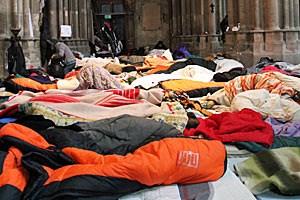 Die Flüchtlinge protestieren seit Wochen für strukturelle Veränderungen und campieren dafür in der Votivkirche.
