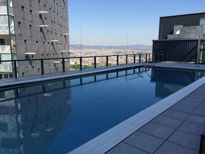 Exklusiv fr Bewohner Schwimmbad am Dach  Wohnen in und um Wien  derStandardat  Immobilien