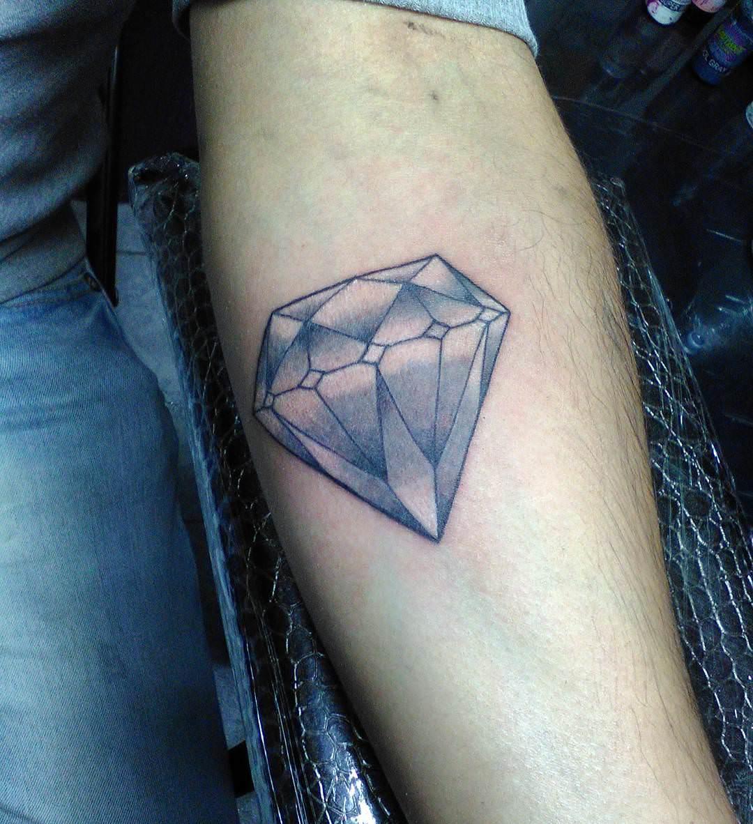 28 Diamond Tattoo Designs Ideas Design Trends
