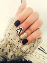 seasonal fall nail design