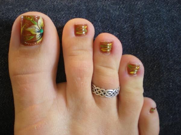 Fall Toe Nail Art Designs