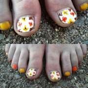 eye catching summer nail design