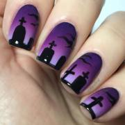 cool halloween nail design