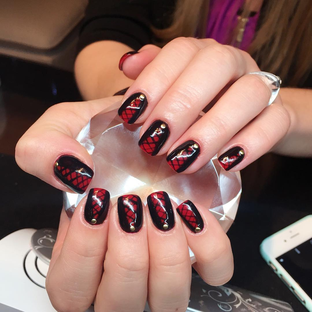 Checkered Black And Red Nail Design