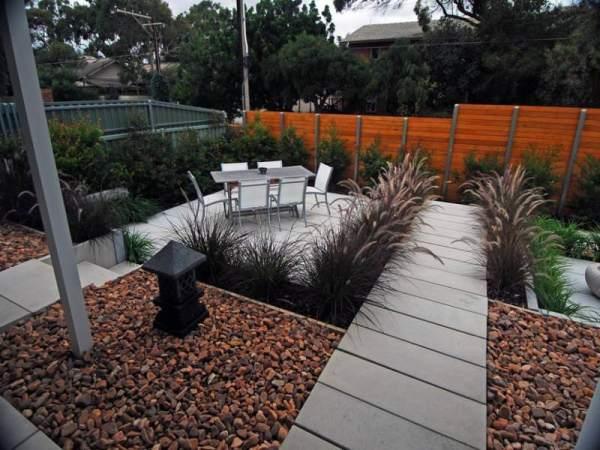 pebble garden design decorating
