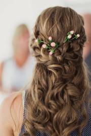 bridesmaid hairstyle design