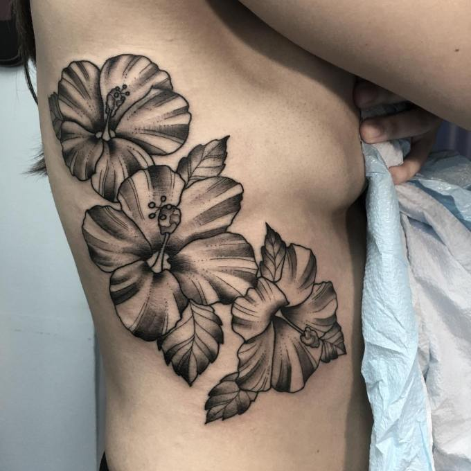 24+ Hibiscus Flower Tattoos Designs, Trends, Ideas ...