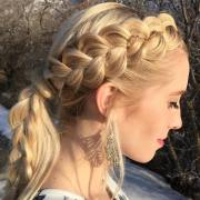 side braid hairstyle design