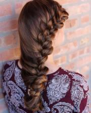 side braid hairstyle design