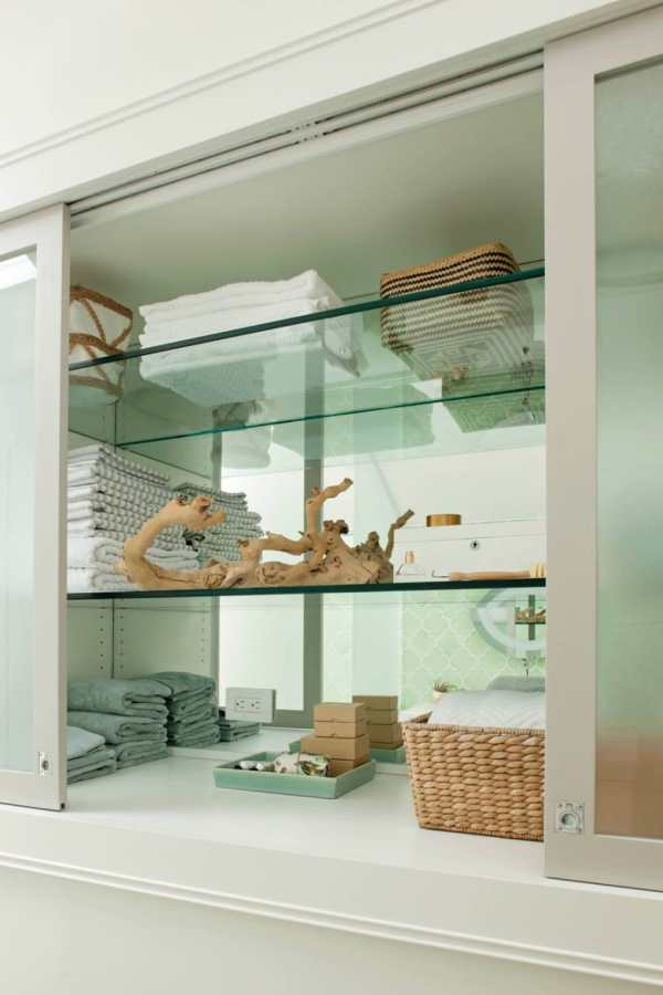 Bathroom Built in Shelves with Glass