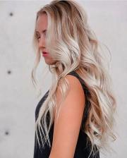 long wavy hairstyle design