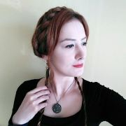 beautiful medieval hairstyles