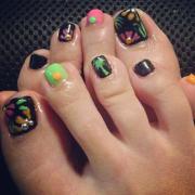 black toe nail art design