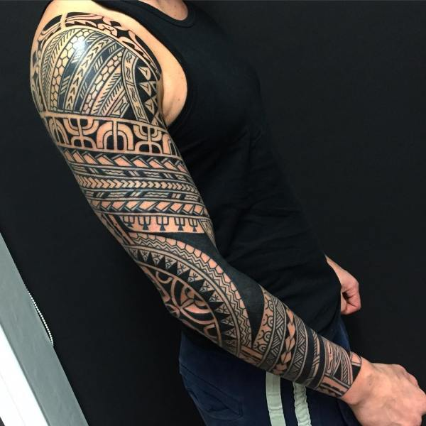 african tribal tattoo design