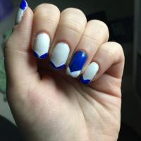 Blue And White Nail Design | awesome blue and white nail ...