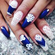 awesome blue and white nail design