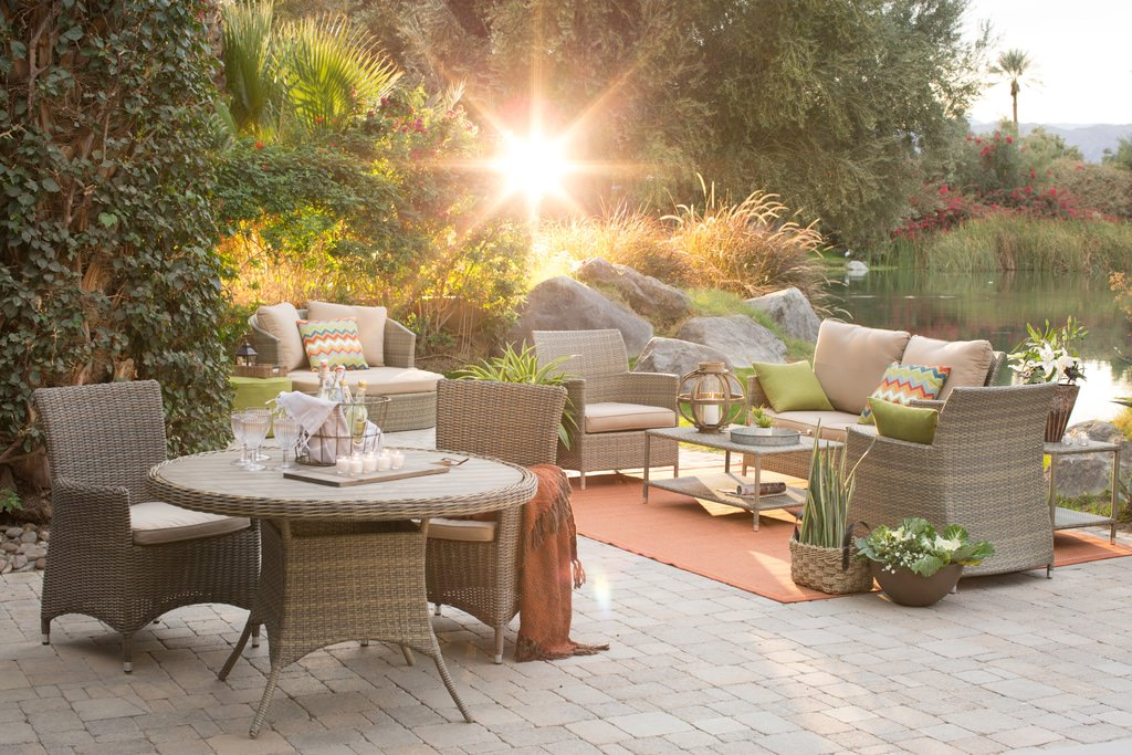 Patio Furniture Layout Ideas