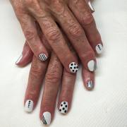 black and white acrylic nail