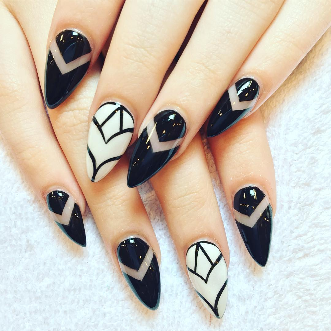 29+ Black And White Acrylic Nail Art Designs , Ideas