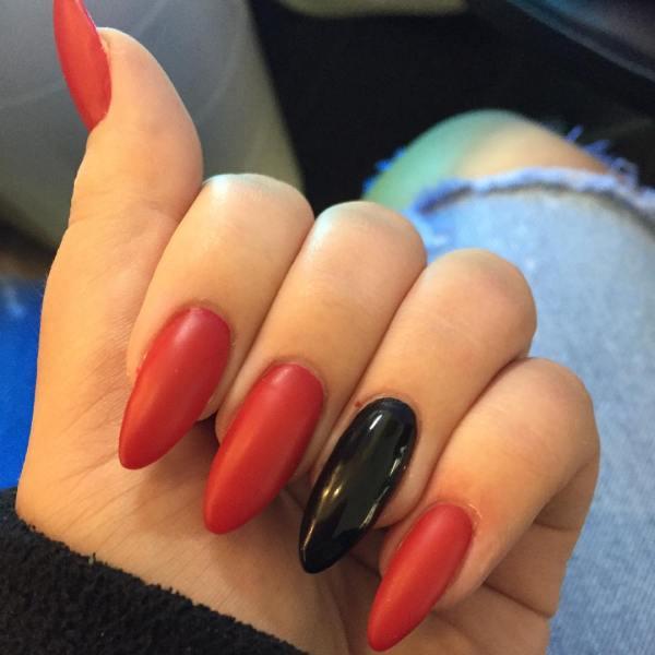 Red Finger Nail Art Design Ideas Trends - Premium Psd Vector