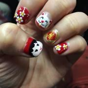 red finger nail art design