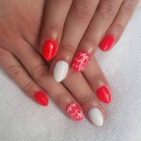 Red And White Nails Design