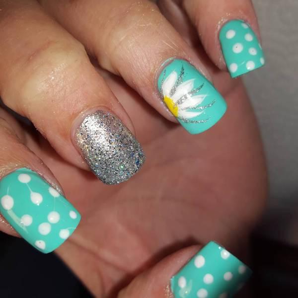 Summer Glitter Nail Art Designs