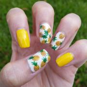 summer finger nail art design