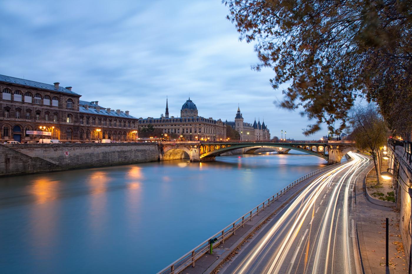 21 Paris Backgrounds Wallpapers Images Pictures  Design Trends  Premium PSD Vector Downloads